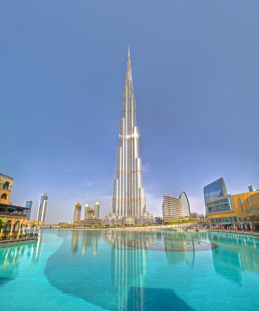 5 things to not do and avoid while visiting Dubai with Burj Khalifa in the background