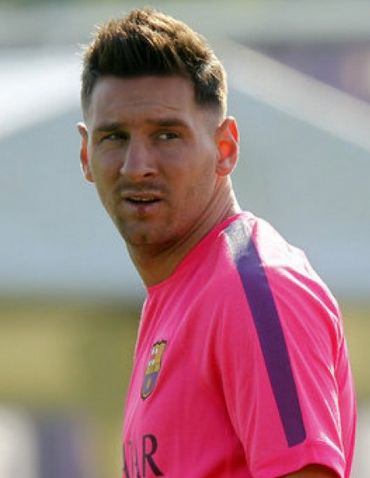 Leo Messi New Haircut and Hairstyle Pictures